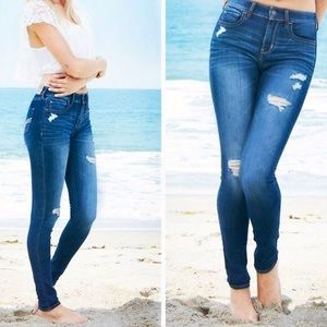 Hollister lightly distressed high rise jeans